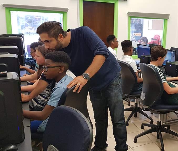 computer games design class